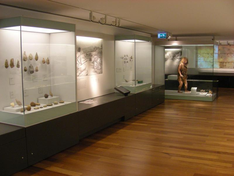 Paleolitico Antiguo_Museo Arqueologico Asturias_David Alvarez Alonso_01
