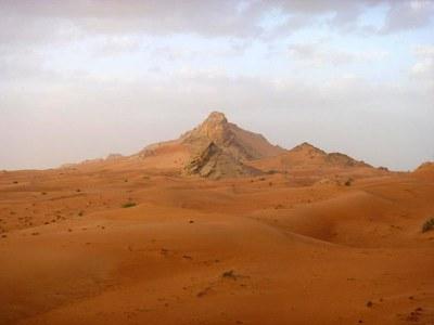 Emiratos-Arabes_1_dunas_Carmen-del-Cerro.jpg