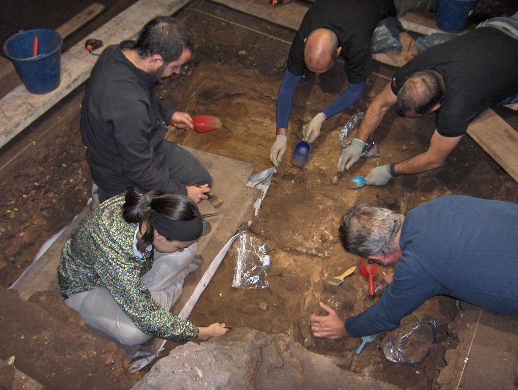 Cueva de Coimbre_Conferencia 2013 10 31_MAA_01