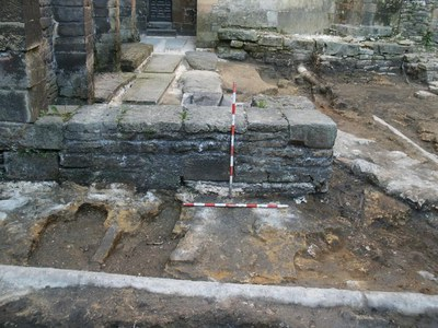 Camara-Santa_Detalle-excavaciones_01.jpg