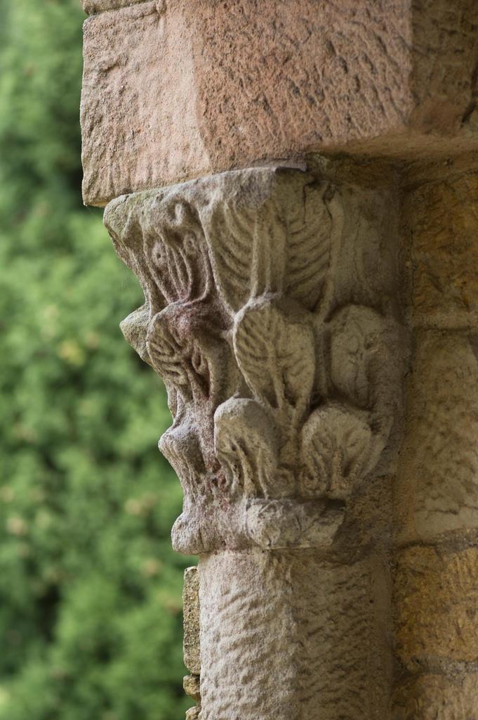 Santa Maria Naranco_Oviedo_Detalle columna y capitel_Sergio Rios