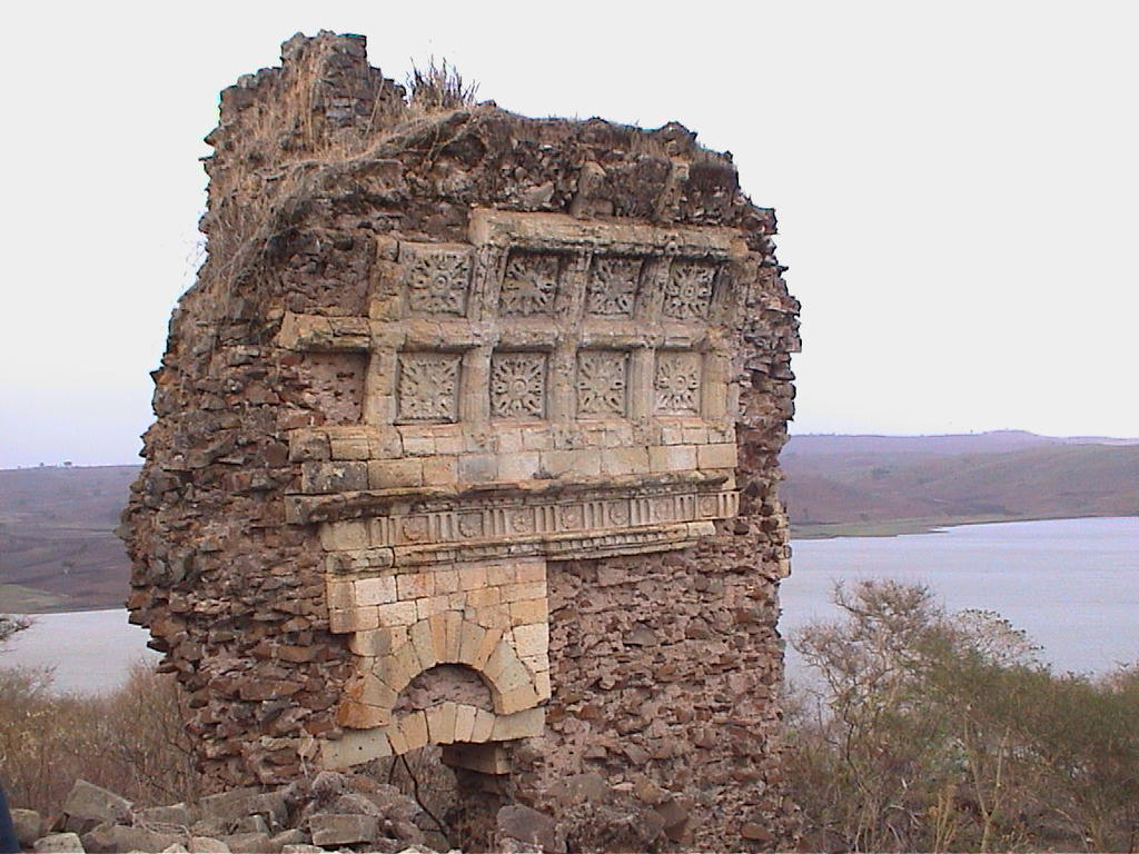 Ábside de la iglesia de Gorgoran